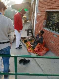 blanket distribution by santa