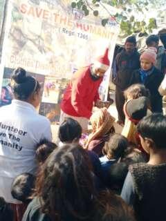 food distribution by santa