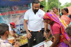 row food for distribution for food