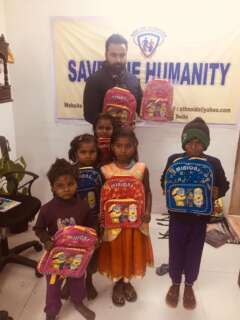 school bags for distribution